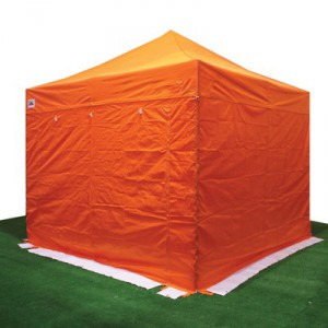 carpa plegable naranja con cortinas